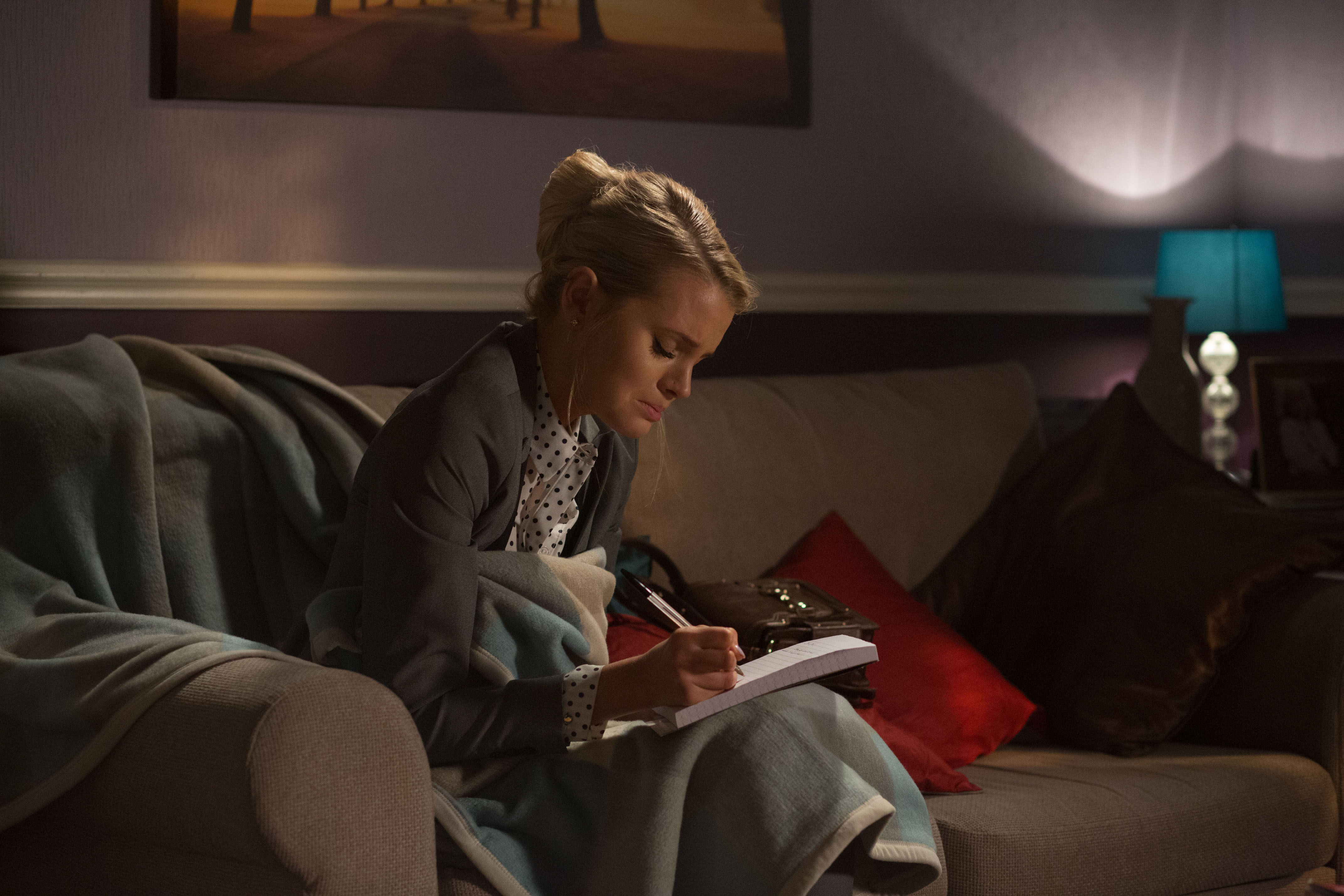 EastEnders spoilers: What if NOBODY killed Lucy Beale?