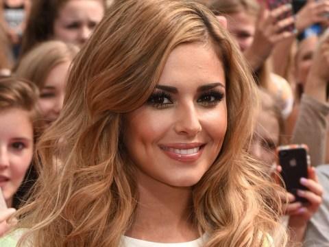Cheryl Fernandez-Versini joins list of celebrities posting 'No Makeup Selfies'