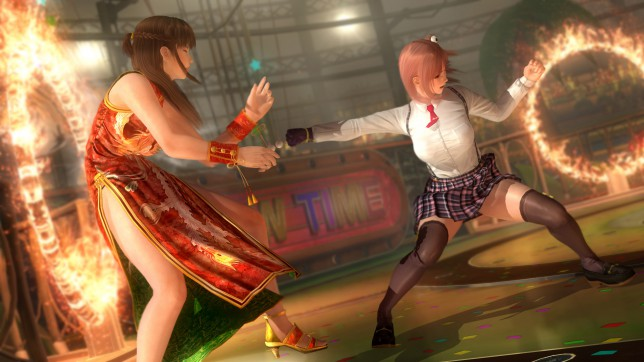 Dead Or Alive 5: Last Round (PS4) - physics-defying
