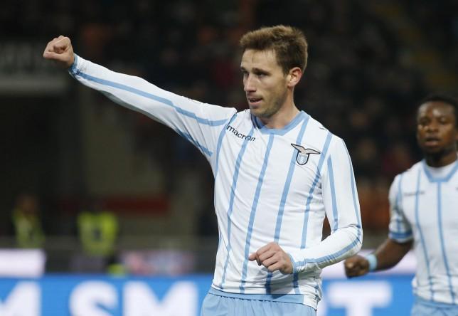 Arsenal 'clear to sign Lucas Biglia, Lazio will accept £18m transfer bid'