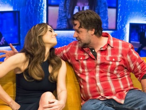 Liz Hurley and Russell Crowe smooch on the Jonathan Ross Show – new best celeb couple ever?