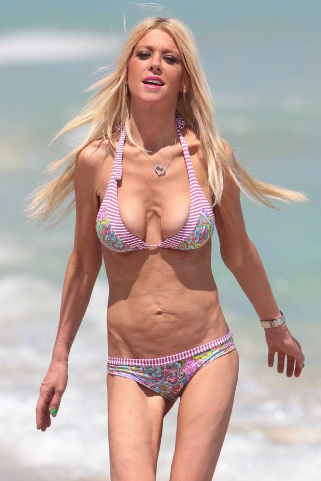 *** UK ONLY *** *** MAIL ONLINE OUT *** 134907, EXCLUSIVE: Tara Reid is all smiles as she shows off her bikini body after signing on for 'Sharknado 3'. Miami, Florida - Monday March 30, 2015. The American actress looks worryingly thin as she shows her bony rib cage and tiny thighs. PHOTOGRAPH BY Pacific Coast News / Barcroft Media UK Office, London. T +44 845 370 2233 W www.barcroftmedia.com USA Office, New York City. T +1 212 796 2458 W www.barcroftusa.com Indian Office, Delhi. T +91 11 4053 2429 W www.barcroftindia.com