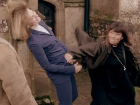 Comic Relief 2015: Dawn French punched Fiona Bruce on The Vicar Of Dibley