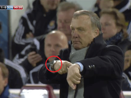 Sunderland boss Dick Advocaat points to invisible watch…forgets he is wearing one on other wrist