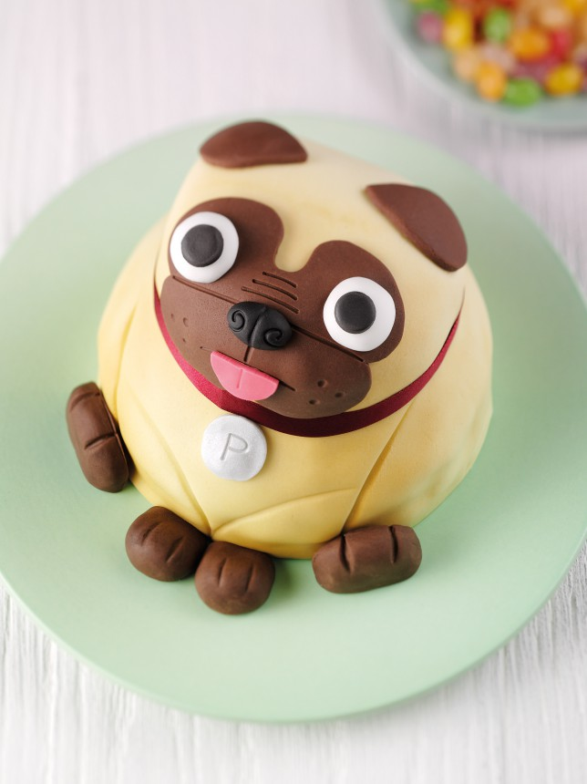 Outstanding Look At This Adorable Pug Cake Metro News Funny Birthday Cards Online Bapapcheapnameinfo
