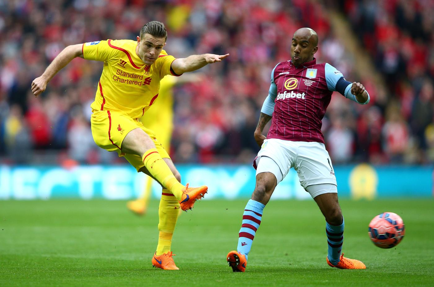 Liverpool receive boost as Jordan Henderson agrees new five-year contract
