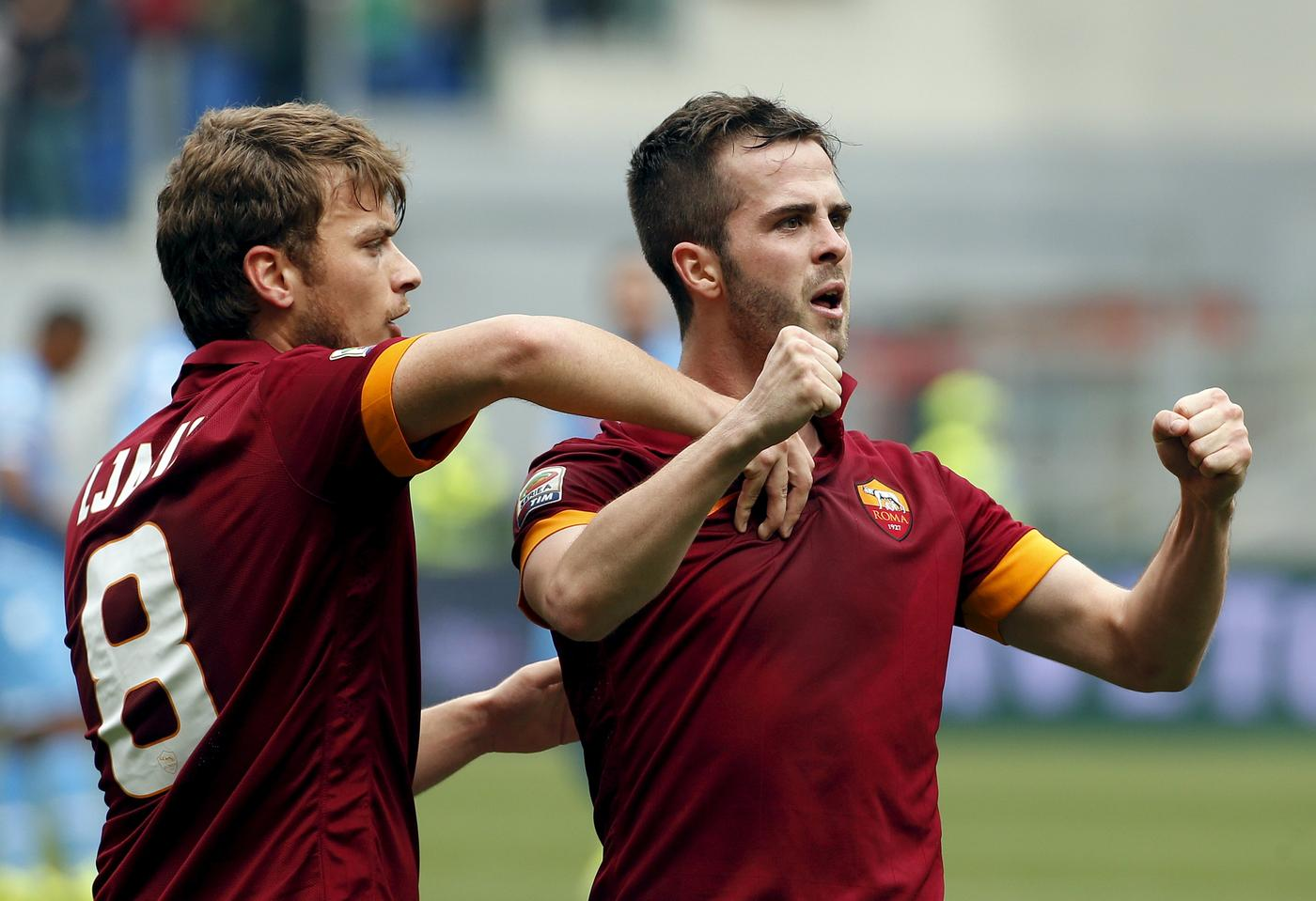 Manchester United 'register interest in Liverpool transfer target Miralem Pjanic of Roma'