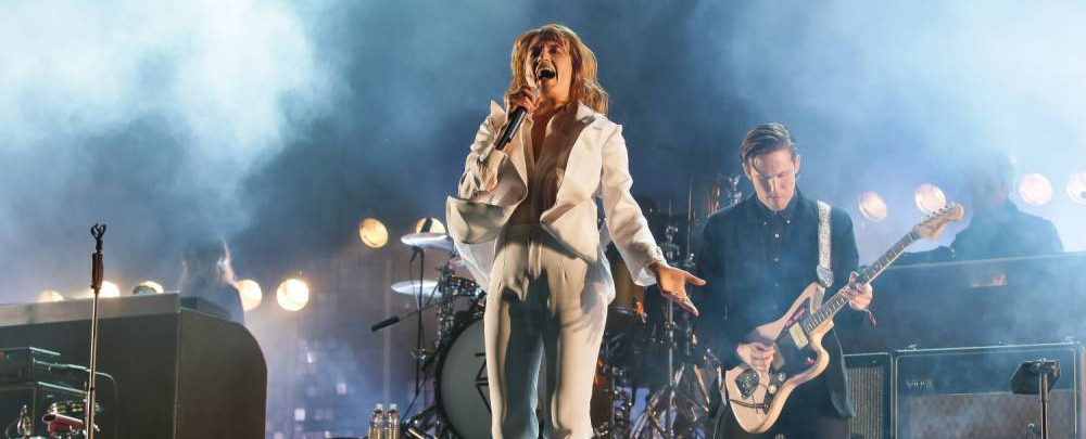 Florence and the Machine will headline Glastonbury 2015 on Friday night after Foo Fighters pull out