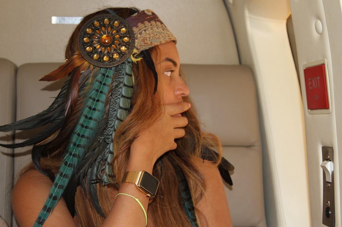 Beyonce has a gold Apple Watch that mere mortals can't even buy yet