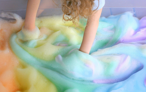 15 wonderfully messy and creative play activities to do with your kids