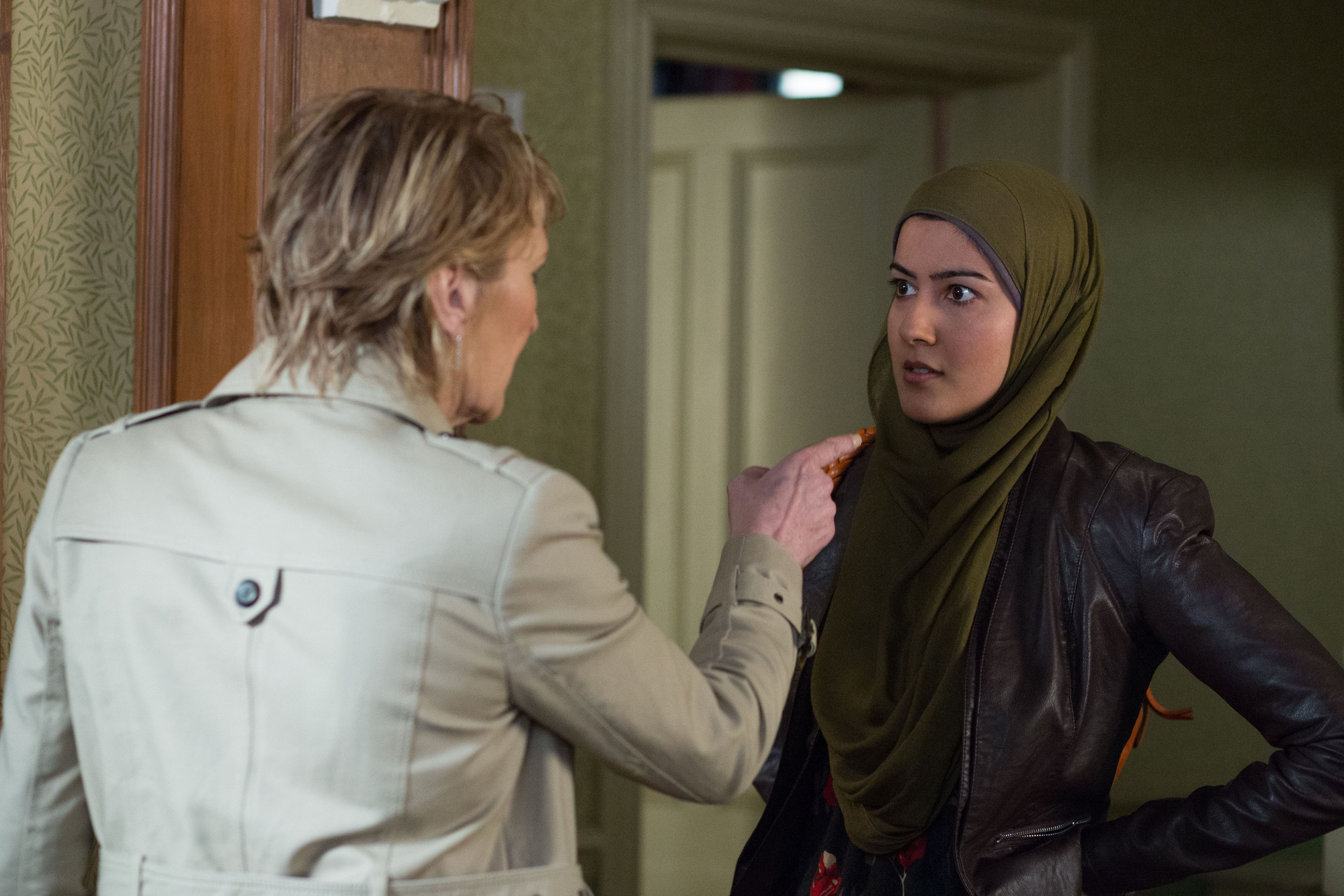 WARNING: Embargoed for publication until 12/05/2015 - Programme Name: EastEnders - TX: 22/05/2015 - Episode: 5072 (No. n/a) - Picture Shows: ***FORTNIGHTLIES PLEASE DO NOT USE (SOAP LIFE and ALL ABOUT SOAP) Shirley confronts Shabnam.  Shirley Carter (LINDA HENRY), Shabnam Masood (RAKHEE THAKRAR) - (C) BBC - Photographer: Jack Barnes