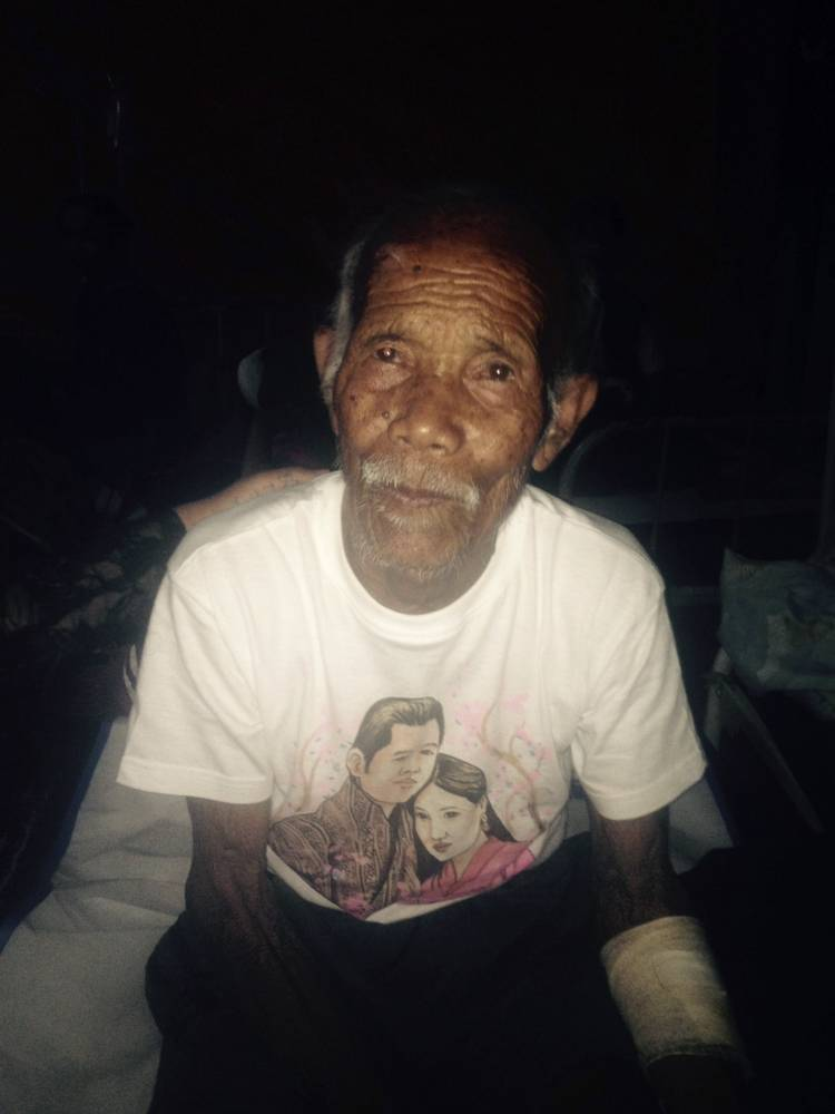 101-year-old pulled from rubble week after Nepal quake