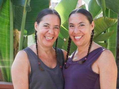 These 47-year-old twins are addicted to being identical