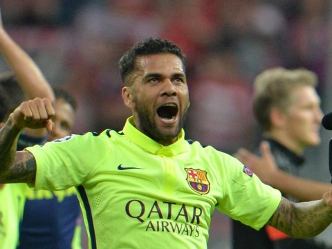 Manchester United 'clear to complete Dani Alves transfer, announcing he's leaving Barcelona on Tuesday'