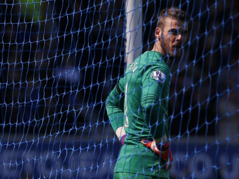 Manchester United fans urge David de Gea to stay at club by singing to goalkeeper during West Brom game