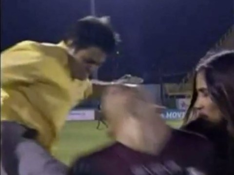 Venezuelan striker Aquiles Ocanto brutally kicked in the back by fan during live TV interview