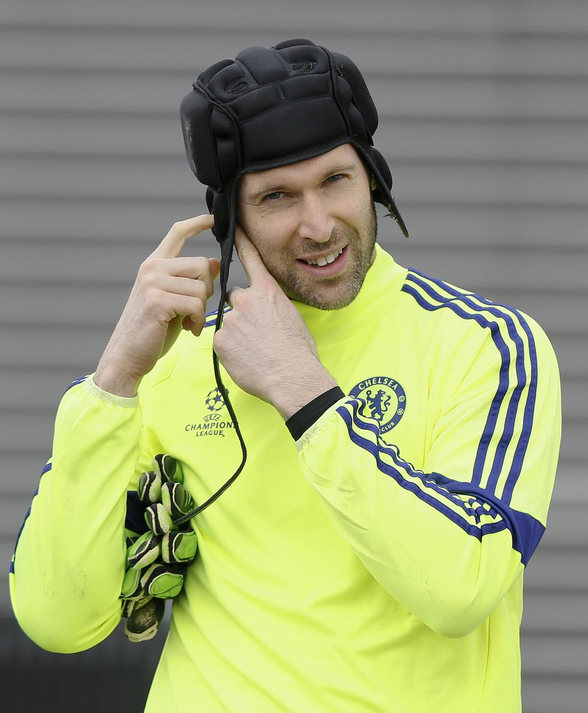 Petr Cech's agent CONFIRMS Chelsea goalkeeper has opened transfer talks with Besiktas
