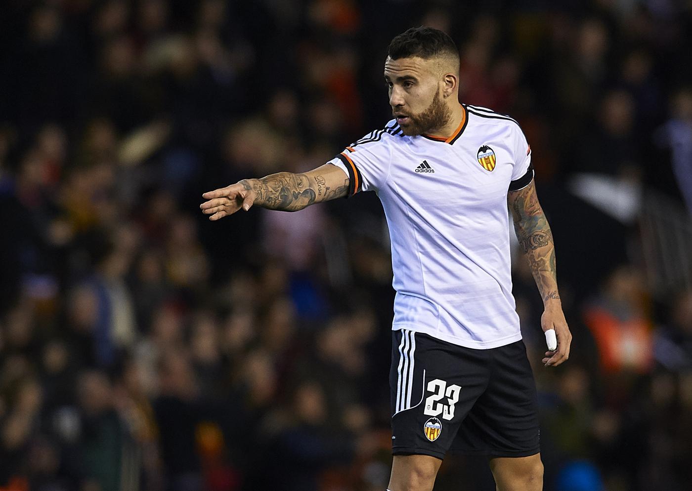 Manchester United transfer target Nicolas Otamendi 'wants to leave Valencia', reveals agent