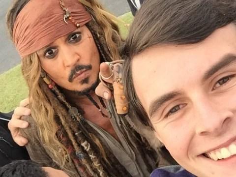 Captain Jack Sparrow has serious selfie game Down Under