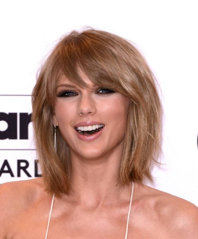 LAS VEGAS, NV - MAY 17:  Musician Taylor Swift poses in the press room with her eight Billboard Music Awards; Swift won Top Artist, Top Female Artist, Top Billboard 200 Artist, Top Billboard 200 Album for '1989,' Top Hot 100 Artist, Top Digital Songs Artist, Top Streaming Song (Video) for 'Shake It Off,' and Billboard Chart Achievement Award during the 2015 Billboard Music Awards at MGM Grand Garden Arena on May 17, 2015 in Las Vegas, Nevada.  (Photo by C Flanigan/FilmMagic)