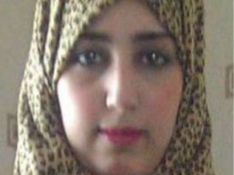 Missing UK sister 'makes contact' with family and may already be in Syria