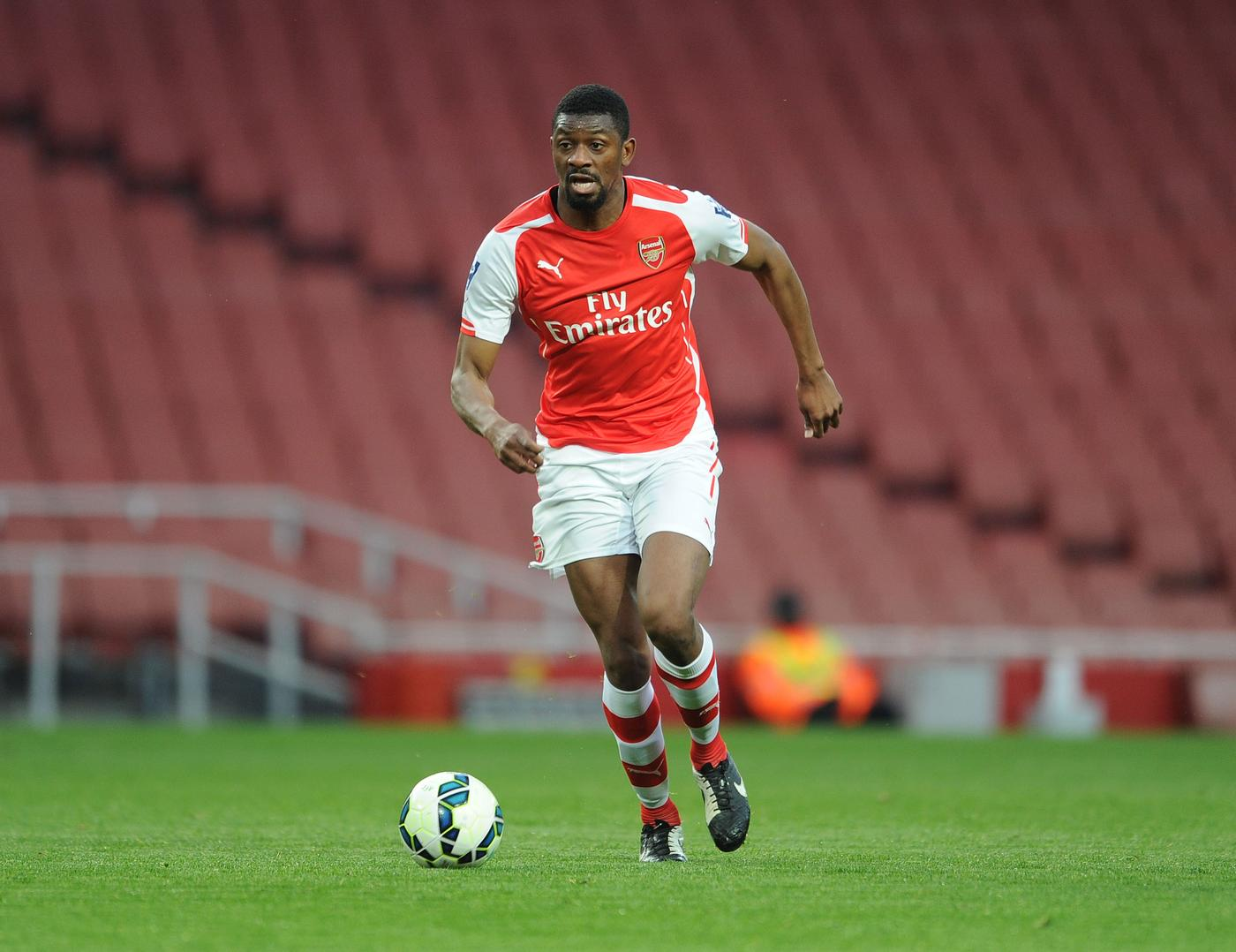 Abou Diaby 'hopeful of pay-as-you-play contract with Arsenal'