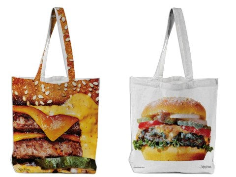 These burger tote bags (brought to you by New York Magazine) are too delicious