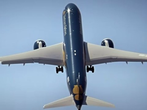 Whoa. A Boeing plane can now do a near-vertical take off