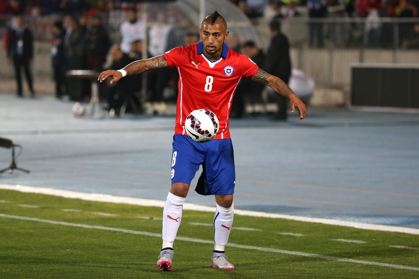 Arturo Vidal 'has completed Arsenal transfer', says journalist Hernan Feler