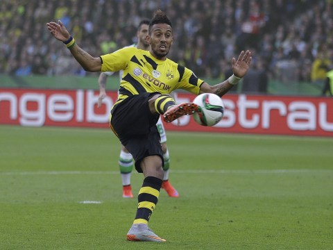 Arsenal 'locked in negotiations with Borussia Dortmund as they look to complete transfer of Pierre-Emerick Aubameyang'