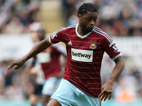 Barcelona's Alex Song rejects Chelsea transfer – but it is great news for the Blues