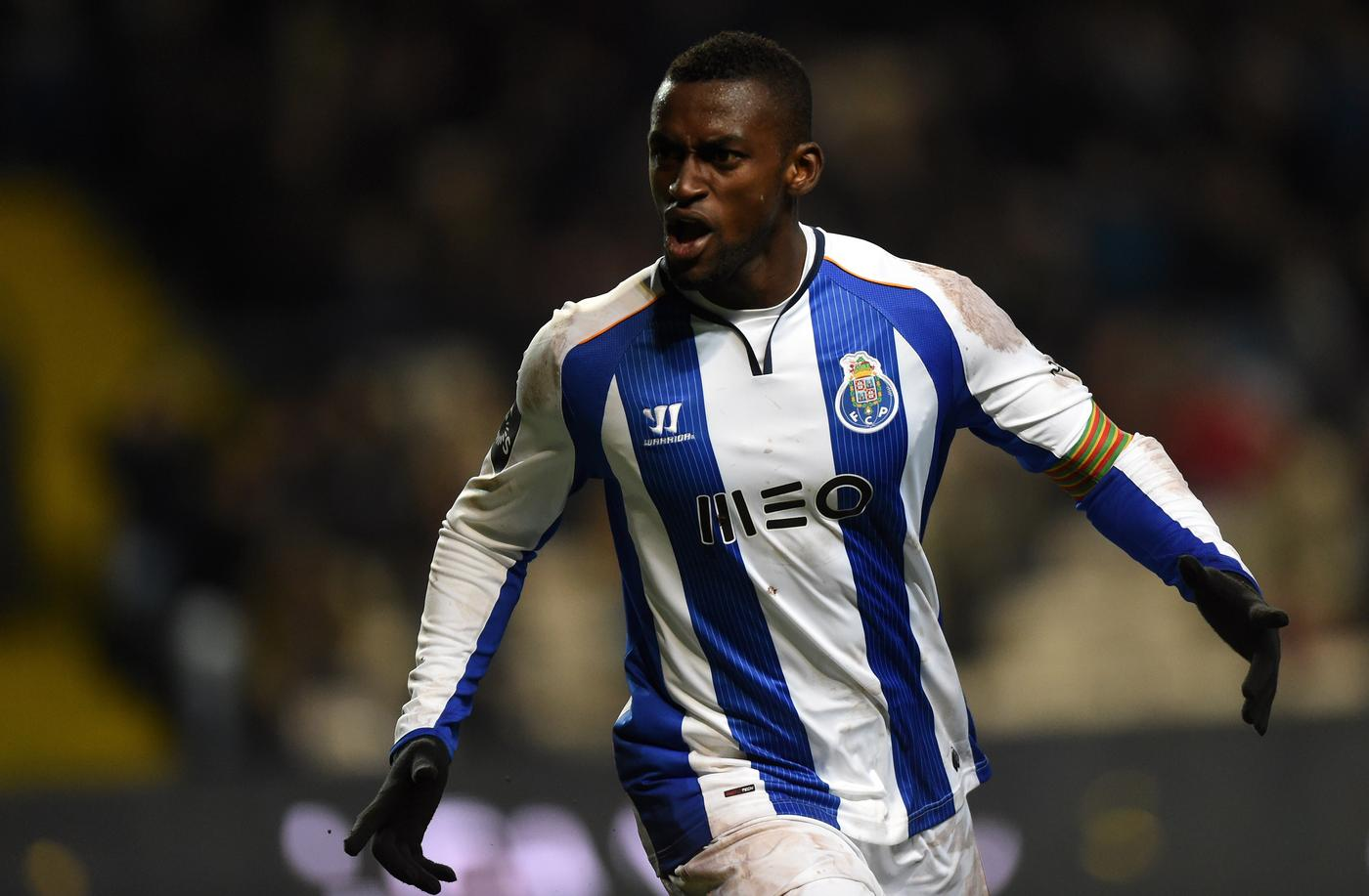 Jackson Martinez will decide whether he will transfer to Arsenal in the coming days