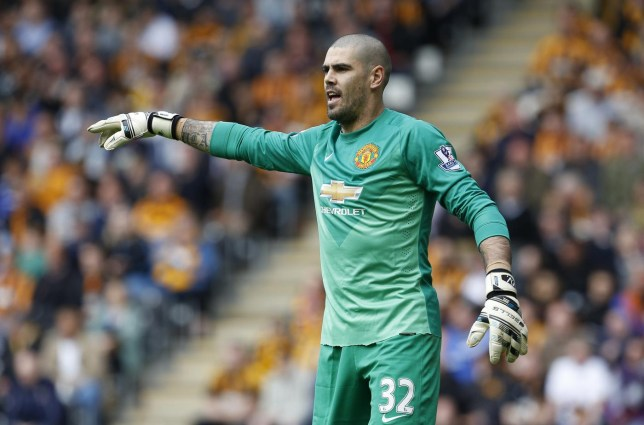 Victor Valdes looks set to stay at Manchester United this summer (Picture:Getty)