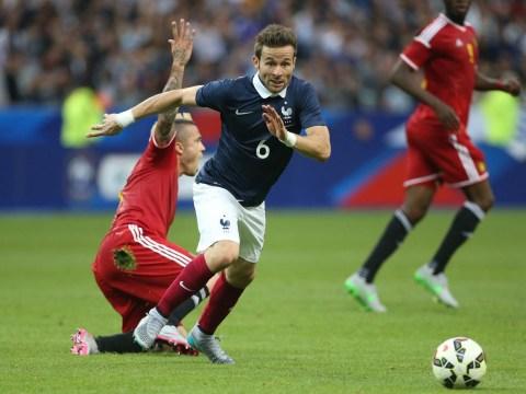 West Ham 'join transfer race for Paris St Germain midfielder Yohan Cabaye'