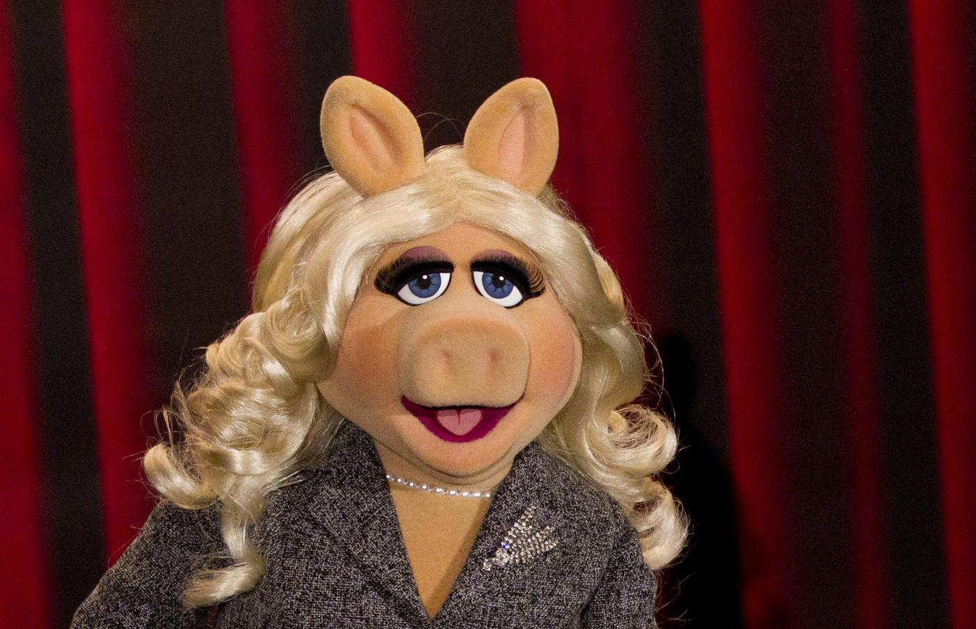 Miss Piggy wrote an essay about feminism and it's fabulous, obviously