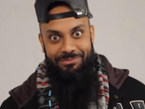 Comedian leads Jurassic World boycott over 'racist' dinosaur name