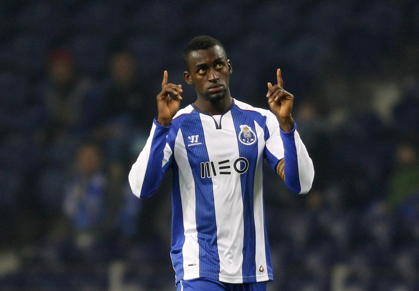 Arsenal 'clear to complete transfer of Porto's Jackson Martinez, AC Milan pull out of race'