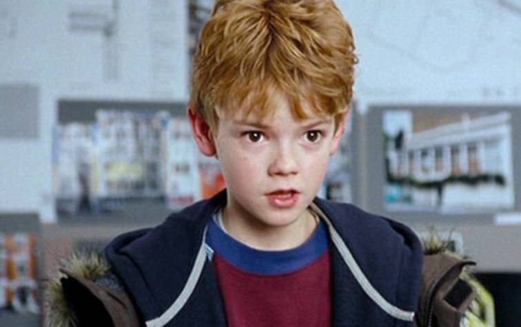 Thomas Brodie-Sangster love actually.jpg