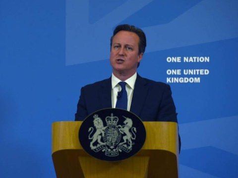 David Cameron accuses illegal immigrants of attempting to 'break in' to UK