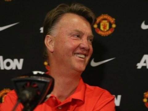 Manchester United transfer news: Christian Benteke deal, Nicolas Otamendi close, Nick Olij signing