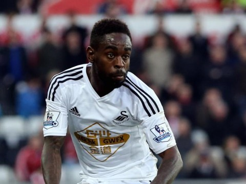 Norwich 'enter transfer race for Swansea City winger Nathan Dyer'
