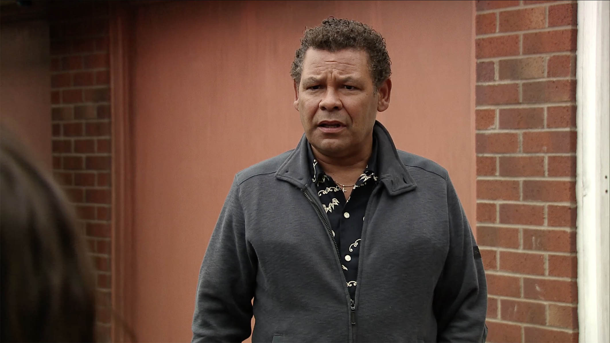 FROM ITV STRICT EMBARGO -TV Listings Magazines & websites Tuesday 4 August 2015, Newspapers Saturday 8 August 2015 Coronation Street - Ep 8708 Friday 14 August 2015 - 2nd Lloyd Mullaney [CRAIG CHARLES] catches Andrea Beckett [HAYLEY TAMADDON] as she is loading her things into a taxi and is stunned when she tells him that she knows he will never forgive her so she has to go. Will Lloyd try and persuade her to stay, or will he let her slip away? Picture contact: david.crook@itv.com on 0161 952 6214 This photograph is (C) ITV Plc and can only be reproduced for editorial purposes directly in connection with the programme or event mentioned above, or ITV plc. Once made available by ITV plc Picture Desk, this photograph can be reproduced once only up until the transmission [TX] date and no reproduction fee will be charged. Any subsequent usage may incur a fee. This photograph must not be manipulated [excluding basic cropping] in a manner which alters the visual appearance of the person photographed deemed detrimental or inappropriate by ITV plc Picture Desk. This photograph must not be syndicated to any other company, publication or website, or permanently archived, without the express written permission of ITV Plc Picture Desk. Full Terms and conditions are available on the website www.itvpictures.com