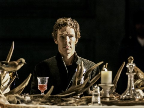 WATCH Benedict Cumberbatch really, really doesn't want fans filming his Hamlet performances