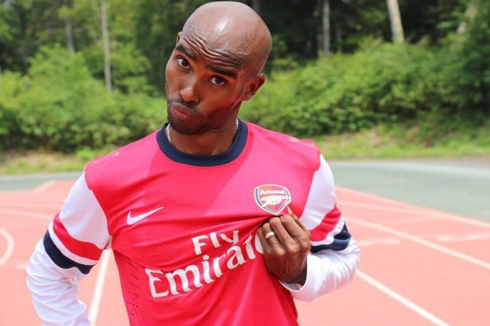Mo Farah wearing an Arsenal shirt Source: Twitter/@Mo_Farah