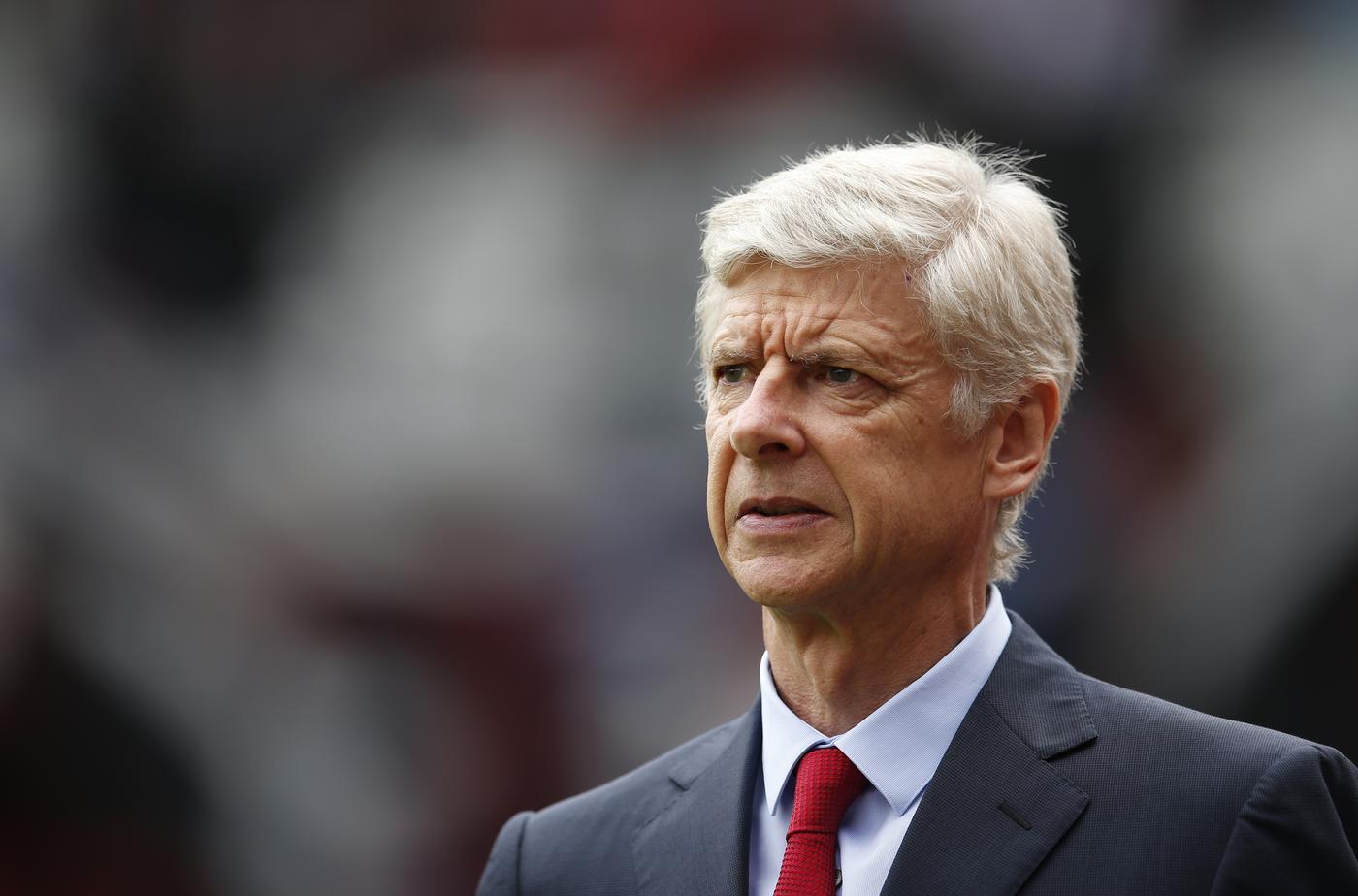 Arsenal transfer news: Karim Benzema contract offer, late Edinson Cavani bid, Harry Clarke deal