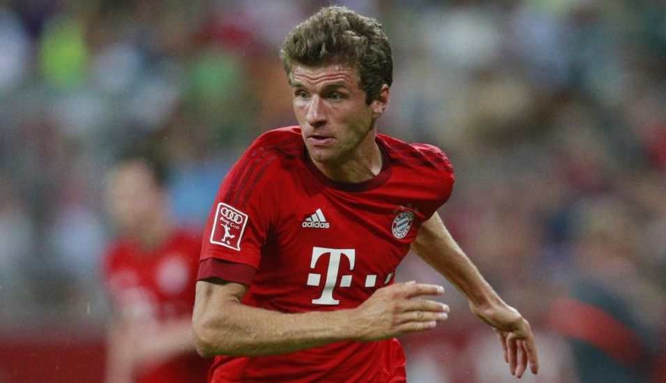 Thomas Muller 'desperate to make Manchester United transfer'