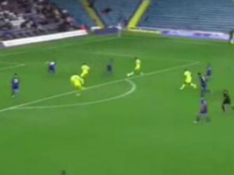Alex Mowatt scores for Leeds United against Everton after incredible tiki-taka 10-pass team move