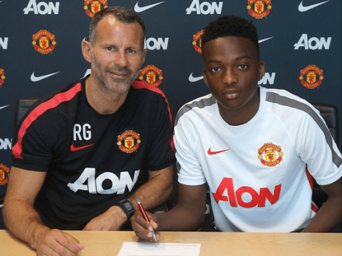Matty Willock signs new contract with Manchester United