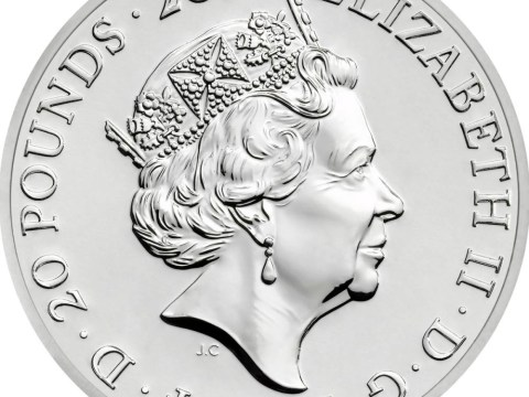 £20 coin to mark Queen becoming longest-serving monarch