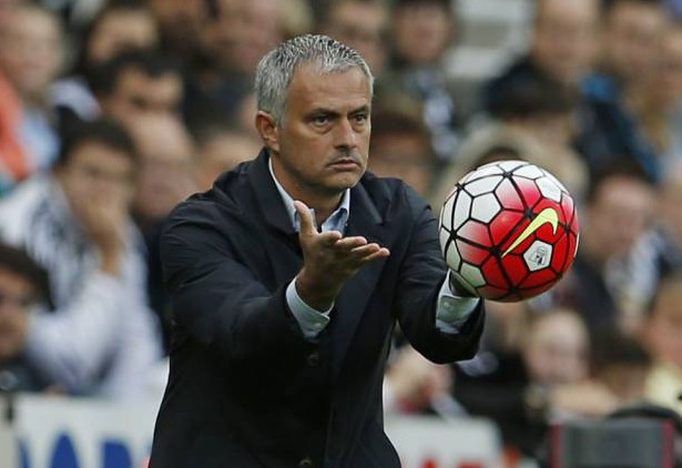 Jose Mourinho must ring the changes against Porto and start picking Chelsea players on merit